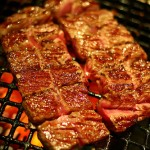 焼肉の一人前平均カロリーはどれくらい? 食べすぎる前にチェック!