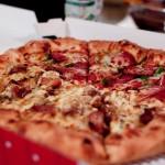 ピザ一人前って、各サイズでどれくらいの量になる!?