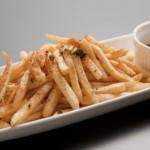 フライドポテトのカロリー徹底比較! どこのファーストフード・コンビニが一番太りやすい!?